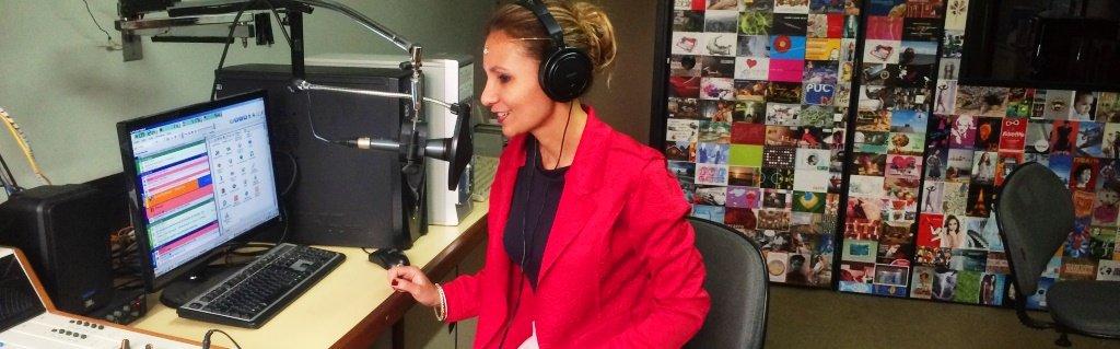 DrikaLeão é entrevistada na Rádio Elo Fm