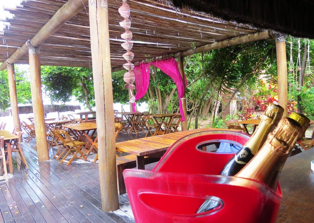 Restaurante Pimenta Rosa, na 4ª praia
